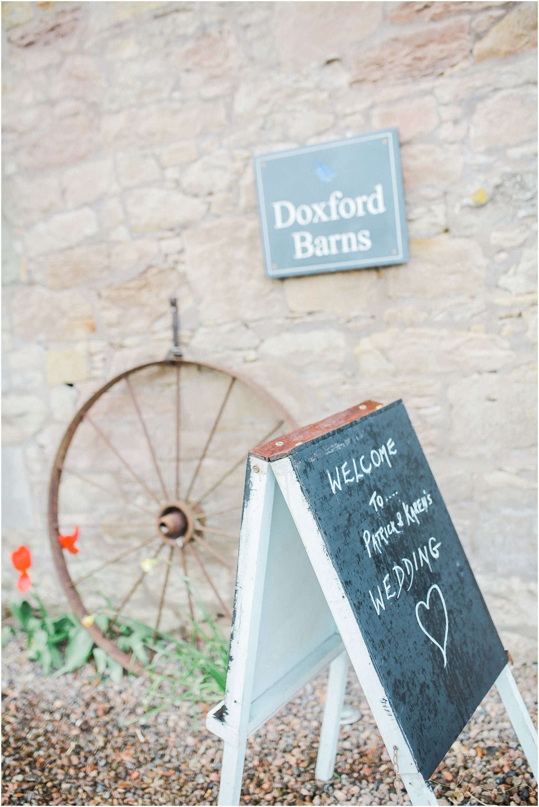 Doxford-Barn-Wedding-Photography_0025