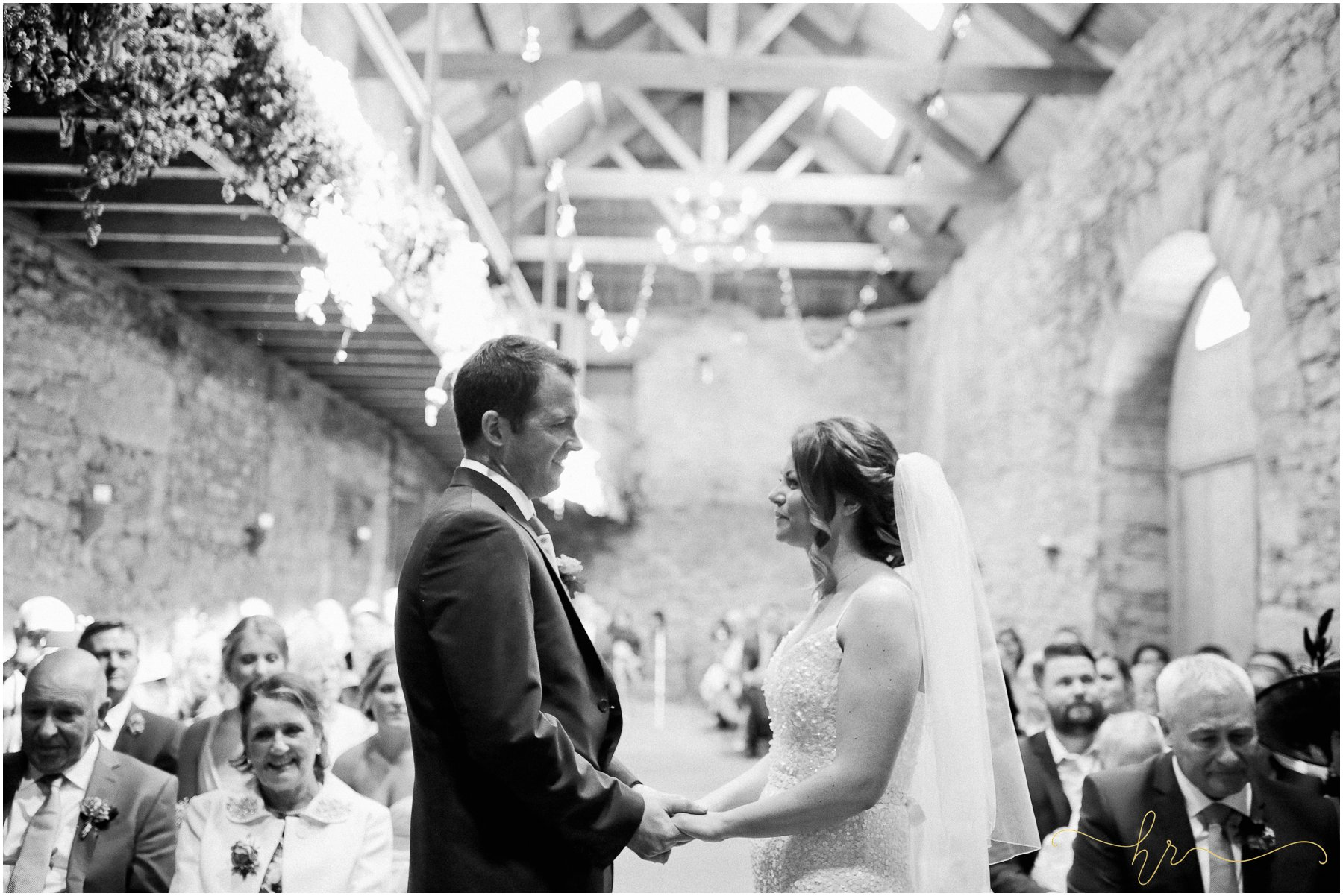Doxford-Barn-Wedding-Photography_0097