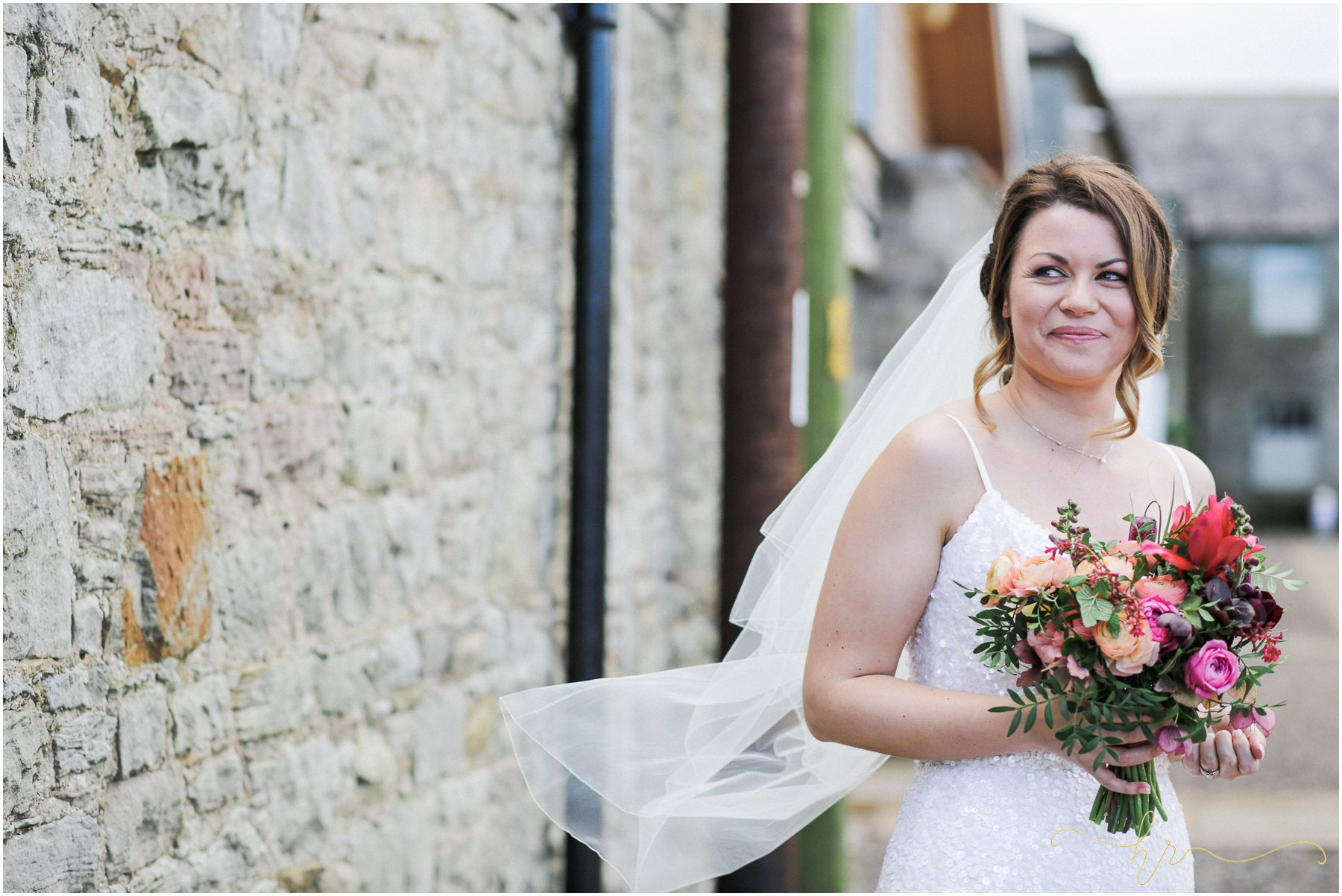 Doxford-Barn-Wedding-Photography_0206