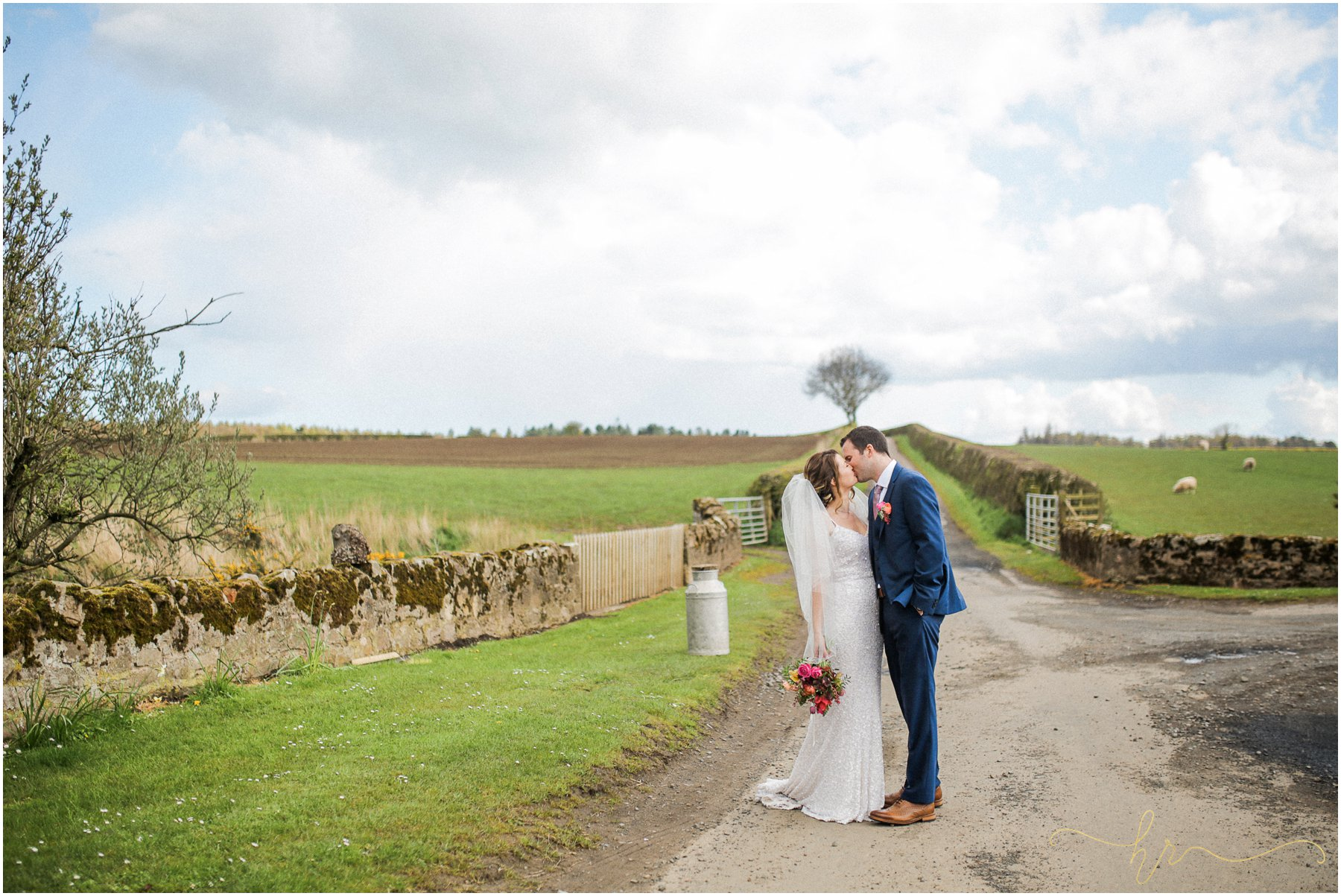 Doxford-Barn-Wedding-Photography_0271