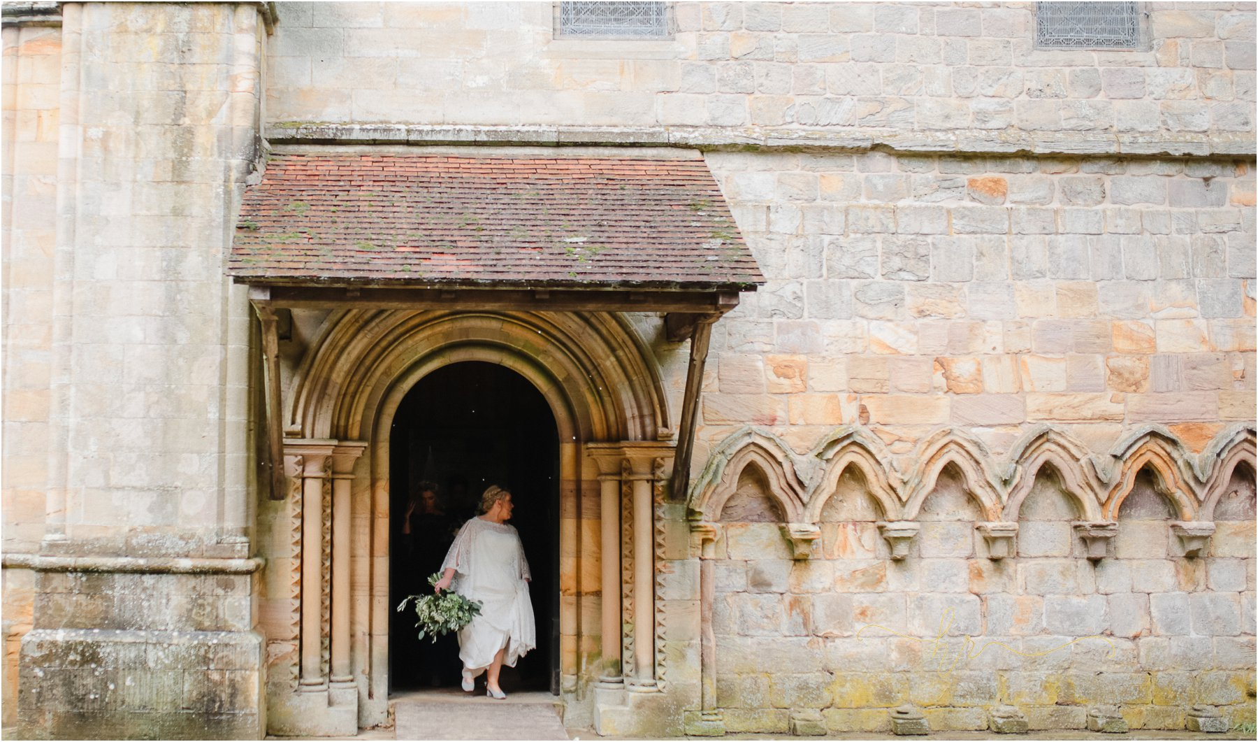 Brinkburn-Priory-Wedding-Photography_0019.jpg